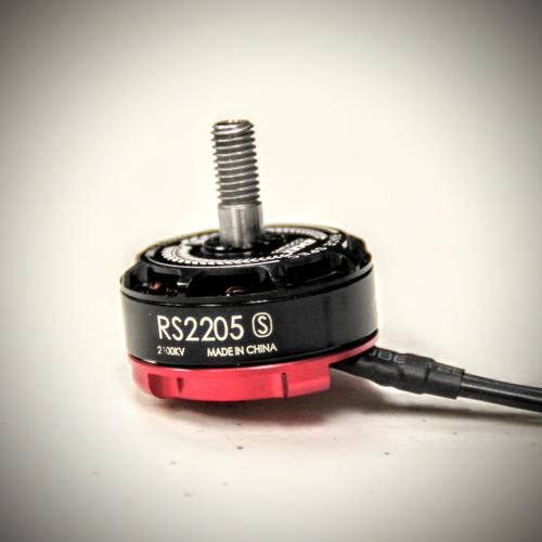 Emax RS2205S 2600kv